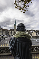 '4Mation-Zwingli' Statue looks across to Fraumünster, Zürich, Canton of Zürich, Switzerland (rickwarner) Tags: cantonofzürich grossmünster switzerland zurich