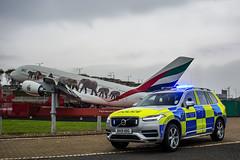 BX19 HDG (S11 AUN) Tags: london metropolitan police volvo xc90 t8 hybrid 4x4 anpr heathrow airport interceptor traffic car roads policing unit rpu 999 emergency vehicle metpolice bx19hdg