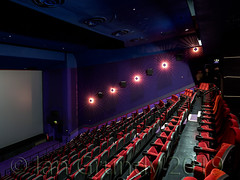 Empire Slough 5763 (stagedoor) Tags: slough berkshire empire queensmere highstreet maybox virgin gallery ugc cineworld fulcrum planettheatre screen4 sloughboroughcouncil southeast homecounties england uk omdem1mkii building architecture olympus copyright theatre theater teatro cinema cine kino stage inside seating stalls screen interior room auditorium