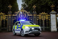 BX68 JVG (S11 AUN) Tags: london metropolitan police mitsubishi outlander phev hybrid 4x4 royal parks policing panda car irv incident response unit 999 emergency vehicle metpolice bx68jvg