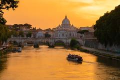 DSC_5716s (roche.mandy) Tags: basilique saint pierre rome italie sunset coucher soleil vatican europe paysage landscape pont peniche tibre fleuve reflet