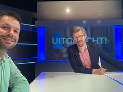 Onverwacht vanmiddag aan tafel met Bram om bij @family7_tv in Uitgelicht te praten over het SyRI van de overheid en of ze eigenlijk al die gegevens wel mogen gebruiken om fraude op te sporen.