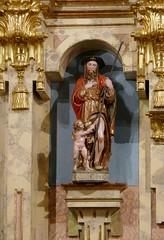 Statue baroque de St Jacques, monastère Santa María de Zenarruza (XIVe_XVe), Ziortza-Bolibar, comarque de Lea-Artibai, Biscaye, Pays basque, Espagne. (byb64) Tags: zenarruza santamaríadezenarruza ziortzabolibar bolibar leaartibai cenarruzapuebladebolíbar biscaye viscaya bizkaia biscay biscaglia paysbasque euskadi euskalherria paisvasco espagne espana spain spagna spanien europe europa eu ue биска́йя испании страна́ба́сков moyenage medioevo middleages mittelalter edadmedia xive 14th xve 15th monastère monasterio mosteiro monastery kirche kloster église church chiesa iglesia igreja ziortzakomonasterioa cheminsdestjacques caminodesantiago caminodelnorte unesco unescoworldheritagesite baroque baroco barocco barroco barock artbaroque retable retablo