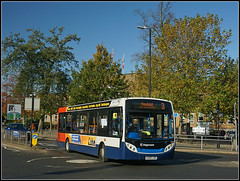 Stagecoach 36210 (Jason 87030) Tags: stagecoach e200 enviro evil twin 36210 black 96 threesome 3 newbold route service rugby warks evreusway roundabout sunny trees autumn town october 2019 branded branding midlands