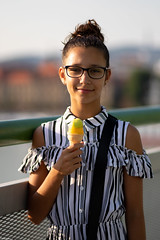 (slezo) Tags: canoneos6dmarkii canonef100mmf2usm girl kid portrait dof bokeh icecream primelens face 100mm outdoor