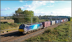 Phil Collins (Jason 87030) Tags: 88003 compass abacab genesis phil collins blue light canon eos pole easenhall 4s44 dirft crick daventry mossend train acelectric class88 scene wcml cargo containers loco engine working session badluck cross angry annoyed transport