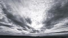 """""""L'horizon souligne l'infini."""" (Un jour en France) Tags: monochrome noiretblanc noiretblancfrance black ciel cielpaysage sky plage mer bercksurmer canoneos6dmarkii canonef1635mmf28liiusm leshautsdefrance horizon nuage nuageux"""