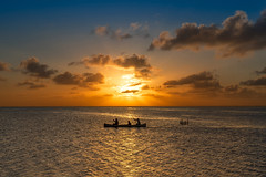 Sunset (M-Gianca) Tags: sunset belize sony zeiss mare sea silhouette barca boat
