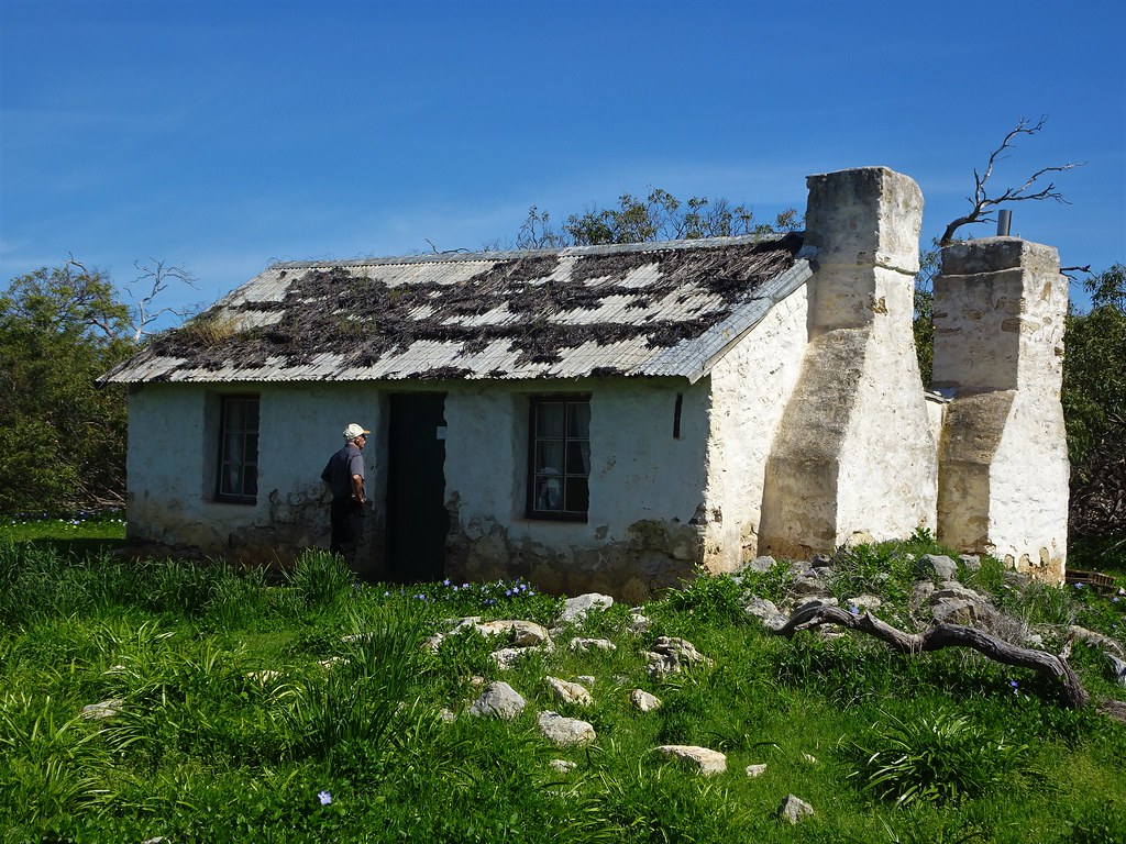 Port Lincoln. Mikkira station homestead built in 1842 in the spring.