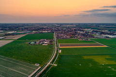 Warmenhuizen. (Alex-de-Haas) Tags: dji dutch europa europe fc6310 holland nederland nederlands netherlands noordholland p4p phantom phantom4 phantom4pro warmenhuizen aerial aerialphotography agriculture akkerbouw beautiful beauty bloemen bloemenvelden boerenland bollenvelden bulbfields farmland farming flowerfields flowers landbouw landscape landscapephotography landschaft landschap landschapsfotografie lente lucht luchtfotografie mooi polder pracht quadcopter schoonheid skies sky spring sundown sunset tulip tulips tulp tulpen zonsondergang northholland