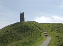 A Stairway to........ (Kevin Pendragon) Tags: glastonbury tor hillside ancient steps steep climb green grass blue sky clouds monument outdoors outside sun sunshine heat hot weather somerset westcountry nature naturephotography picture photograph photo breathtaking views