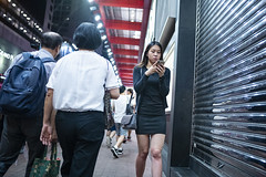 Off work (人間觀察) Tags: 28mm f14 7artisans 七工匠 leica leicam hong kong street photography people candid city stranger public space walking off finder road travelling trip travel 人 陌生人 街拍 asia girls girl woman 香港 wide open