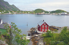 House with a view (♥ Annieta  very busy) Tags: annieta juli 2019 holiday vakantie vacances scandinavië camper reis voyage travel noorwegen norway lofoten kust coast huis house red rood rouge zee sea fjord allrightsreserved usingthispicturewithoutpermissionisillegal