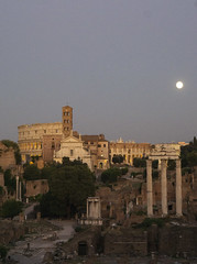 Moon Rise over the Forum - DSC03915_ep (Eric.Parker) Tags: rome roma italy 2019 europe campidoglio moon fullmoon moonrise roman forum