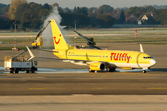 D-ATUK (PlanePixNase) Tags: aircraft airport planespotting haj eddv hannover langenhagen tui tuifly boeing 737 737800 b738