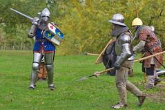Assaut (Phil du Valois) Tags: assaut combat joute médiéval chevalier moyenâge armure casque bouclier écu