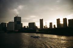 87870005 (Sato244) Tags: lca lomo gold200 tokyo 築地大橋