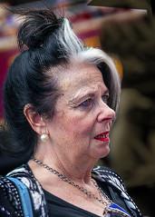 Portrait (D80_546329) (Itzick) Tags: manhattansep2019 nyc candid color colorportrait maturewoman earrings necklace streetphotography face facialexpression d800 itzick portrait