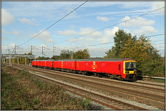 325012 (Jason 87030) Tags: mail db dbschenker warrington willesden pdrc easenhall rugby brinkoow loop tracks lines wireds emu electricmultipleunit post bag class325 325012 red tren train transpor transportation lineside ts location railways midlands uk england weather
