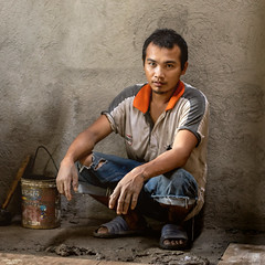 Jimuel, Contruction worker (vincent.lecolley) Tags: worker asian asia philippines filipino construction manual work difficult natural man young sitting nikon d3300 50mm nikonasia ngc happyplanet asiafavorites