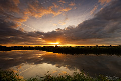 Splendid Sunrise (Johan Konz) Tags: sunrise sky cloudy cloud water watercourse reflection field grass outdoor landscape waterscape purmerend waterland netherlands nikon d7500 airstripes