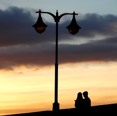 two (Wackelaugen) Tags: couple two silhouette lantern sunset puertodelacruz tenerife teneriffa spain europe canaries canaryislands canaryisles canon eos 760d photo photography stephan wackelaugen