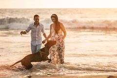 El mejor amigo del hombre (luisbajanai) Tags: baby bab babyportraits babies family familyportraits familyportraiture familia face father familylove happyfamily infant embarazo pregnancy portraits portraiture portrait photoshoot pregnant sunse sunset sun ecuador beach playa