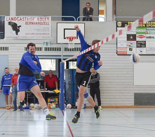 "33. Faustballtunier Waldkirch • <a style=""font-size:0.8em;"" href=""http://www.flickr.com/photos/103259186@N07/48986893071/"" target=""_blank"">View on Flickr</a>"