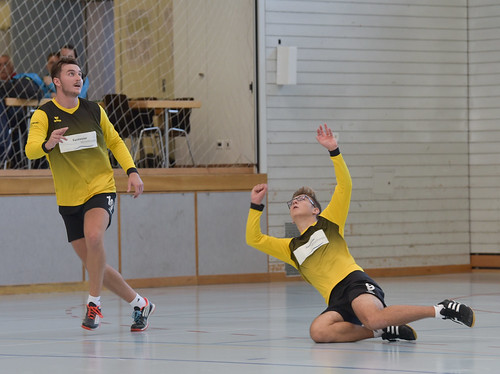 "33. Faustballtunier Waldkirch • <a style=""font-size:0.8em;"" href=""http://www.flickr.com/photos/103259186@N07/48986895481/"" target=""_blank"">View on Flickr</a>"