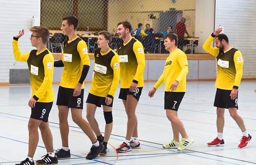 "33. Faustballtunier Waldkirch • <a style=""font-size:0.8em;"" href=""http://www.flickr.com/photos/103259186@N07/48987088957/"" target=""_blank"">View on Flickr</a>"