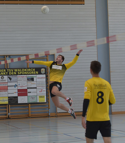 "33. Faustballtunier Waldkirch • <a style=""font-size:0.8em;"" href=""http://www.flickr.com/photos/103259186@N07/48987089202/"" target=""_blank"">View on Flickr</a>"