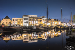 Galgewater Leiden (fransvansteijn) Tags: leiden city holland netherlands night canals old nightphotography dutch fransvansteijn boat ship