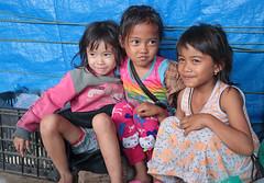 Muang Pakbèng Girls (peterkelly) Tags: digital canon 6d laos asia southeastasia indochinaencompassed gadventures muangpakbèng pakbeng village market girl girls laughter smile smiling laugh