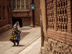 Rural Woman (Saurí) Tags: rural persia streetphotography street human tradition