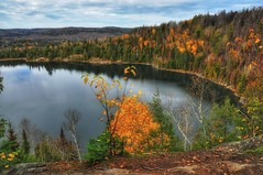Lac Solitaire (ValterB) Tags: mauricie valterb view panorama landscape lake lonely light sky clouds yellow colors colour color quiet travel tree trip trees trail tranquility nikond90 nikkor nikon leaves lens nature natural nationalpark