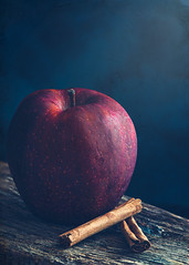 Autumn flavors (Ro Cafe) Tags: stilllife fruits apple cinnamon wood rustic dark darkmood food kitchen textured nikkor105mmf28 sonya7iii naturallight
