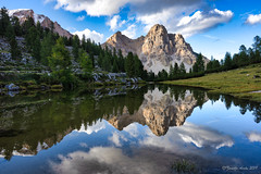 Light and reflection at Fanes (NettyA) Tags: 2019 alpedifanespiccola dolomites europe fanes fanessennesbraiesnaturalpark italy luminarquickawesome mountain parconaturalefanessenesbraies southtyrol trentino valbadia afternoon hike hiking landscape limestone mountains reflection rock stream water waterhole light unescoworldheritage