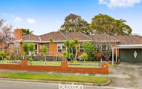 6 Ludwell Cr, Bentleigh East VIC 3165