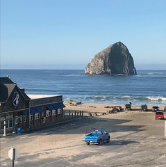 Cape Kiwanda, Oregon - 2019 (tonopah06) Tags: pacificcity oregon or 2019 iphone capekiwanda kiwanda pacificocean beach pacific haystack oregoncoast