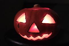Joker ?! (afafa02) Tags: halloween pumpkin citrouille contraste light mask lantern