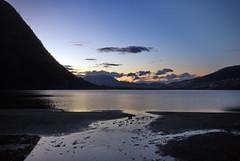 Kveldssyn -|- Evening lake view (erlingsi) Tags: rotevatn rotevatnet kveld evening siluett sand beach freshwater himmel sky mountain