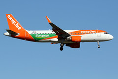 "EASYJET  EUROPE / Airbus   A 320 SL   OE-IVV  ""Europcar livery"" / LFBO - TLS / oct 2019 (gimbellet) Tags: canon nikon spotting spotter boeing blagnac lfbo planes transport transportation toulouse tls toulouseblagnac a320 a330 aviation a380 airplanes airbus a340 aeroport atr airport avions a350 aeronautique aircraft airplane aeroplane"