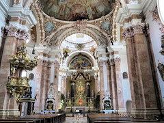 Innsbruck, Dom zu St. Jakob-IMG_2029p (Milan Tvrdý) Tags: innsbruck tirol tyrol osterreich austria domzustjakob stjacobcathedral cathedralofstjames