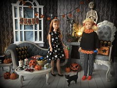 Happy Halloween! (Foxy Belle) Tags: halloween room diorama pumpkin gothic spooky living 16 scale playscale barbie sew holiday clothes handmade ooak