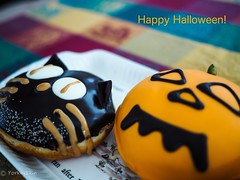 Happy Halloween! (Yorkey&Rin) Tags: 2019 autumn doughnuts em5markii halloween inmylivingroom japan kanagawa lumixg20f17 october olympus pa240015 rin ドーナツ ハロウィーン 自宅 秋