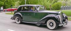 1952 Rolls-Royce Silver Dawn (Gösta Knochenhauer) Tags: 2016 may stockholm sverige sweden capital djurgården gärdesloppet prins bertil memorial car veteran panasonic lumix fz1000 dmcfz1000 classic leica lens p9040386nik p9040386 nik