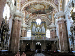 Innsbruck, Dom zu St. Jakob-IMG_2055p (Milan Tvrdý) Tags: innsbruck tirol tyrol osterreich austria domzustjakob stjacobcathedral cathedralofstjames