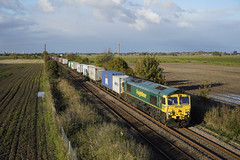 66547 Gosberton (Gridboy56) Tags: freight freightliner felixstowe europe england emd wagons class66 shed gm railways railroad railfreight trains train uk locomotive locomotives lincolnshire gosberton 66547 4l87 liner intermodal containers