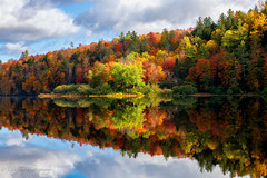 Explosion of Color (OJeffrey Photography) Tags: vt vermonnt explosion reflection lake panorama pano red orange green trees clouds bluesky sky blue ojeffreyphotography ojeffrey jeffowens nikon d850
