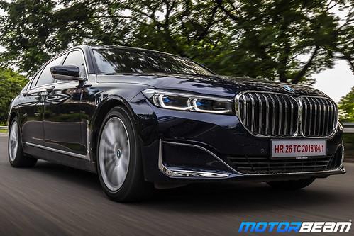 2019-BMW-730Ld-34
